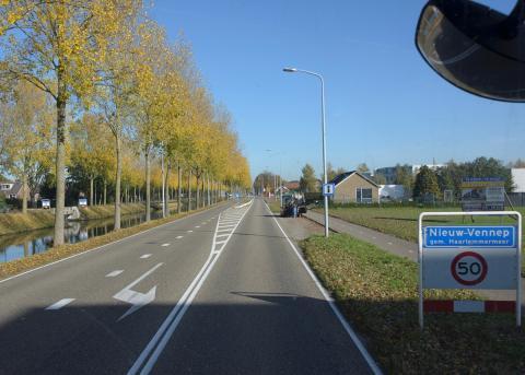 Nieuw-Vennep, met aan de rechterkant de wijk Welgelegen (foto: Kees van der Veer)