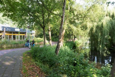 fietspad Pax bij scholen (foto: Margo Oosterveen)