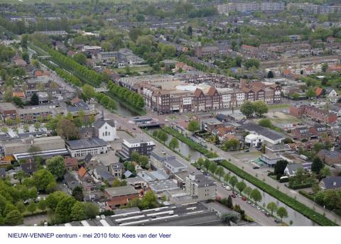 luchtfoto Nieuw-Vennep centrum (foto: Kees van der Veer)